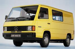 100 Bus (631)